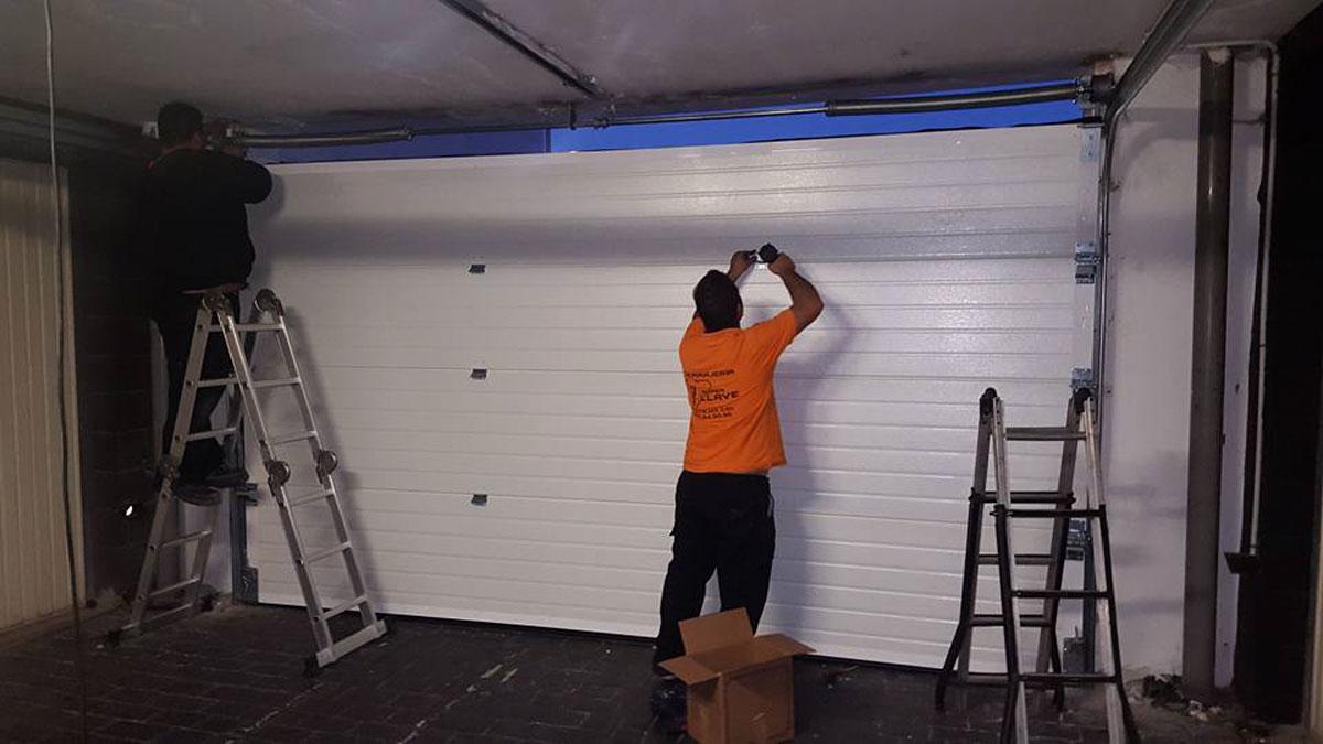 Puertas autom ticas cerrajer a super llave tenerife - Motores de puertas automaticas ...